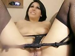 Young Brunette 's Anal Cating