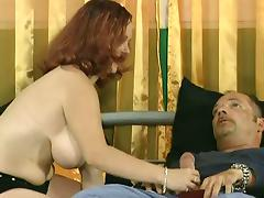 German MILF want to suck her photographer's cock