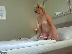 Alluring brunette chick & mature blonde go lesbian indoors tube porn video
