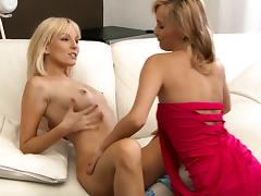 Claudia and Lenna licking pussy and finger screwing
