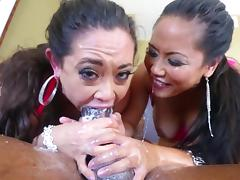 Jessica Bangkok and Eden Alexander suck a BBC and swap jizz