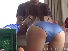 Randy cock sucking Japanese babe gives blowjob in bedroom