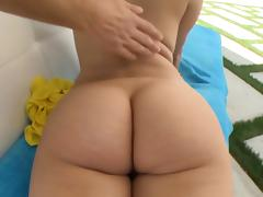 Whore with big butt loves sex
