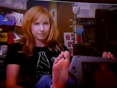 A huge Load for Kari Byron and her Feet
