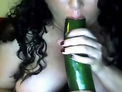 Latina BBW plays on cam