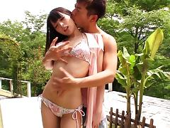 Sexy Asian chick gets her vag fingered and fucked in the garden
