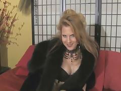 Teasing Fur Mistress