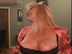 Downblouse, Blonde, Mature, MILF, Slut, Webcam