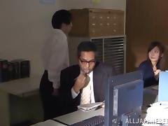Hot kinky Japanese milf moans loud while she gets drilled