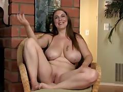 Breasty mature bimbo masturbating porn tube video