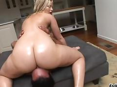 Alexis Texas shows off her deepthroat skills then she mounts up on his dick