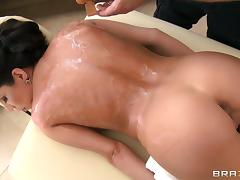 Her massage ends with her masseuse slamming his cock deep inside her