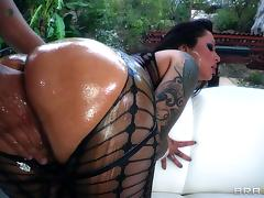 Nasty MILF Beauty Nikita Denise In A Naughty Oiled Doggystyle Fucking tube porn video