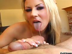 Carolyn Reese shows her big natural tits and gives a hot blowjob
