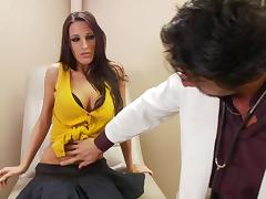 Gorgeous brunette Kortney Kane gets fucked by nasty doctor tube porn video