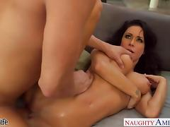 Wives Jessica, Marie and Romi fuck in 4some