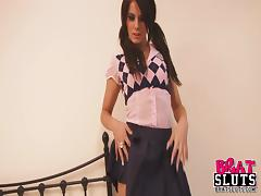 Slim brunette rubs her nipples and clit in hardcore solo clip