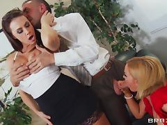 Four chicks and one dude with a big dick have an office orgy