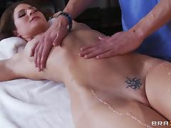 Fit body pornstar Jenni Lee gets a massage with a hardcore ending porn tube video