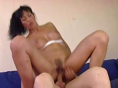 Italian Milf to Die for .. loves anal 2 porn tube video