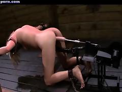 Gorgeous blonde gets mouth screwed by dick