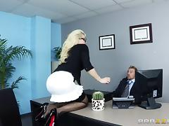 This secretary literally gives her ass to her boss