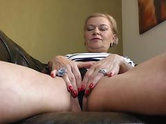 ilana loves to finger fuck herself tube porn video