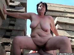 BBW granny works grandpa\'s small cock