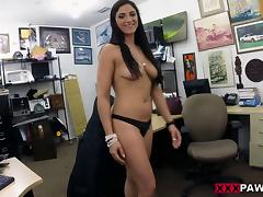 A guy working at a pawn shop gets to fuck a hot customer