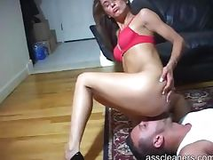 Man is facesitted by mistress to get her ass licked