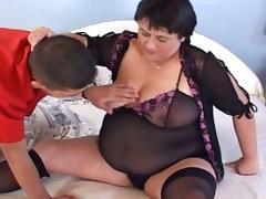 Big phat mama riding that hard cock