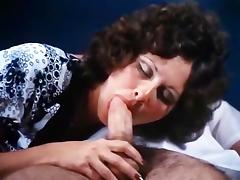 Linda Lovelace, Harry Reems in 70s porn brunette gives deep blow job to a doctor