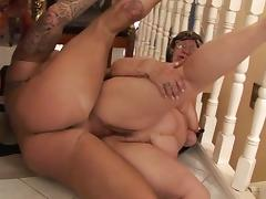 Big old fat granny is getting fucked hardcore