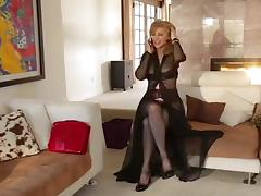 NINA HARTLEY AND LILY CADE tube porn video