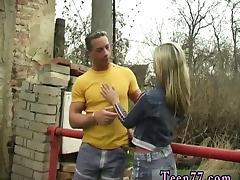 Josje tearing up her lover outdoors