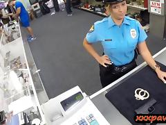 Ms police officer fucked by pawnkeeper at the pawnshop