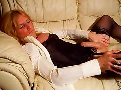 Shemale cums on sofa