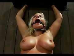 No way out for bbw Kait Snow