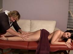 Seductive hot  ass brunette gets her shaved pussy drilled after a massage session