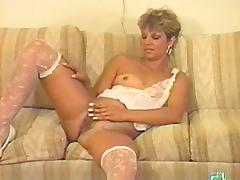 Hairy is sexy between the legs of the vintage milf in lingerie tube porn video