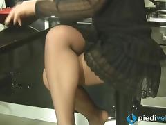Stocking-clad Italian babe shows off her pretty feet tube porn video