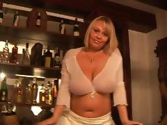 Wanessa Lilio plays with her huge natural jugs in solo clip