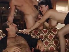 Elodie Cherie - La Bourgeoise en veut plus