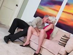 Mature couple enjoys cock sucking and hardcore cock riding