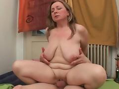 Horny moms Alona and Dagmar beg for a cumshot