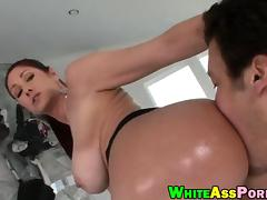 Big boobs milf Tiffany Mynx deepthroats and anal pounded