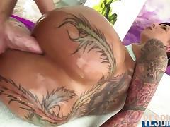 Bella Bellz her huge tattooed ass ripped