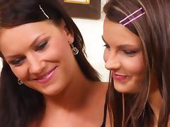 Brunette Beauties105