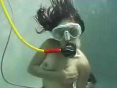Spitting cum and scuba mask clearing porn tube video