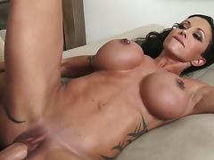 Superb mom jewels jade fucking a sexy stud porn tube video
